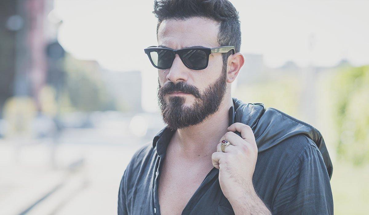 Une barbe de quelques mois